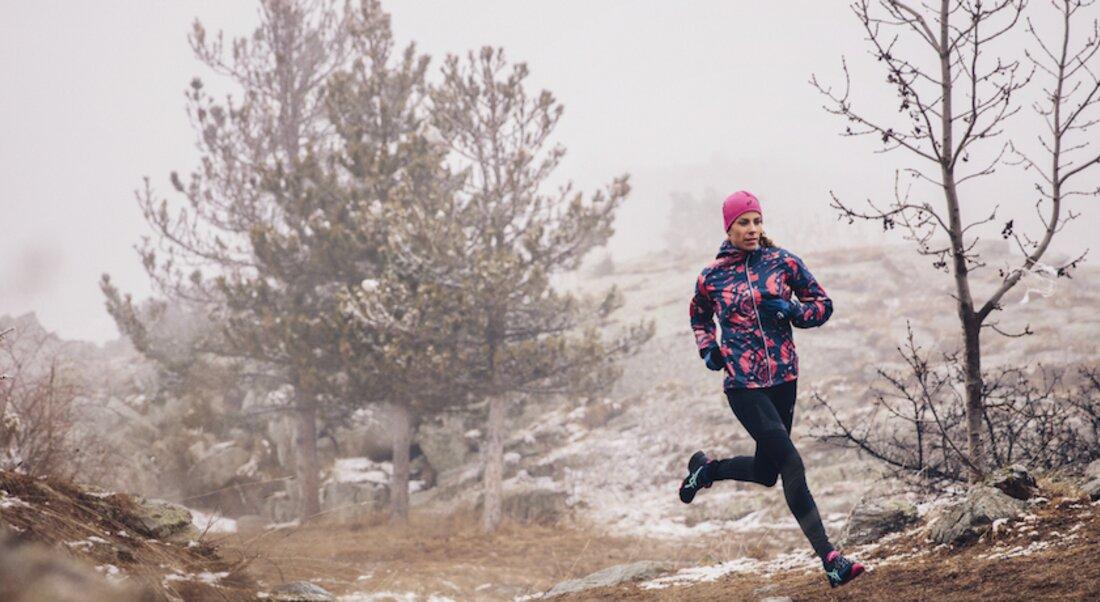 Zimní běžecká obuv